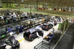 linha-de-producao-de-carros-sumare