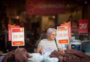 Comércio dia dos Pais , Na foto: Fachada das lojas na rua 13 de Maio, no Centro de Campinas,. Data: 31/07/2014. Local: Campinas/SP. Foto: Ricardo Lima/A2 FOTOGRAFIA